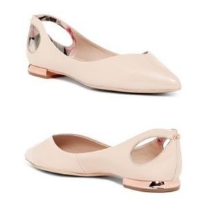 Ted Baker | Dabih Cutout Pointed Toe Flat Nude